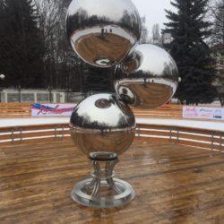 Скульптура из нержавеющих шаров «Simple»
